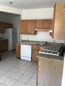 Allston/brighton Border 4 Bed 1 Bath BOSTON Boston - $3,200 No Fee